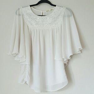 Gianni Bini chiffon and lace white boho blouse